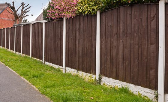 The advantages of concrete fence posts over wooden posts